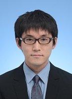 3-04_SatoYusuke.jpg
